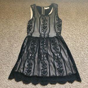 *3/12* EUC Altar'd State dress